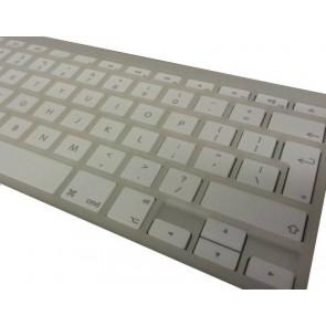 Apple Wireless Keyboard mit Kunststoff Fingerführung